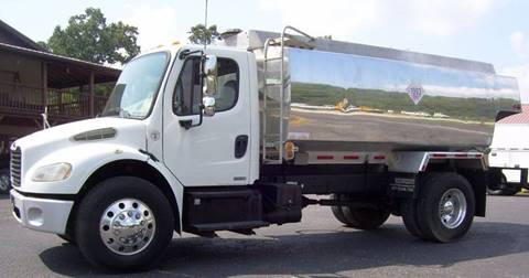 2007 Freightliner M2 106 for sale in Olive Hill, KY
