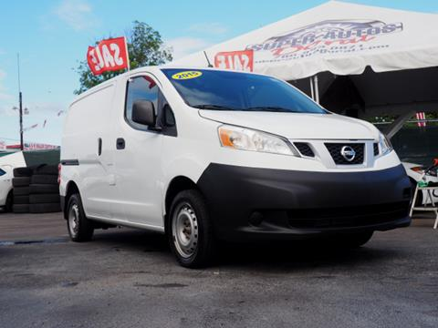 2015 Nissan NV200 for sale in Hialeah, FL