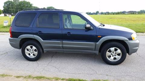 2002 Mazda Tribute for sale at Ryan Motors LLC in Warsaw IN