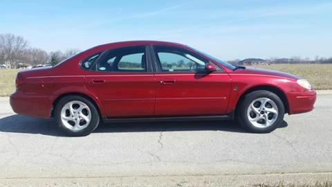 2001 Ford Taurus for sale at Ryan Motors LLC in Warsaw IN