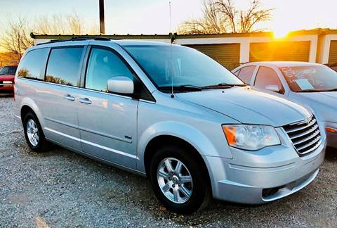 2008 Chrysler Town and Country for sale at Al's Motors Auto Sales LLC in San Antonio TX