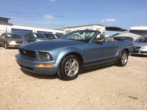 2005 Ford Mustang for sale at Al's Motors Auto Sales LLC in San Antonio TX