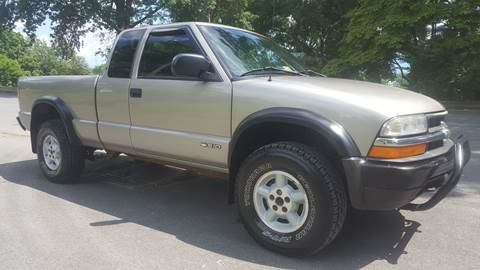 2000 Chevrolet S-10 for sale at 6 Euclid Auto LLC in Bristol VA