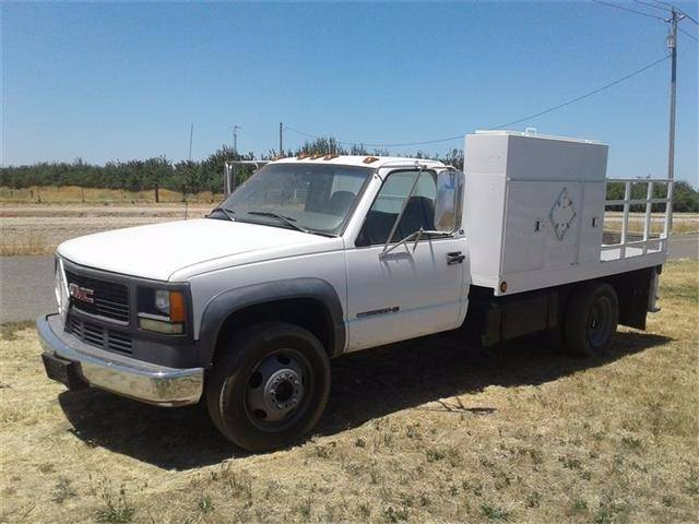 2001 GMC Sierra 3500HD for sale at Armstrong Truck Center in Oakdale CA