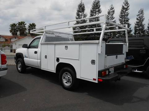 2004 Chevrolet Silverado 2500HD for sale at Armstrong Truck Center in Oakdale CA