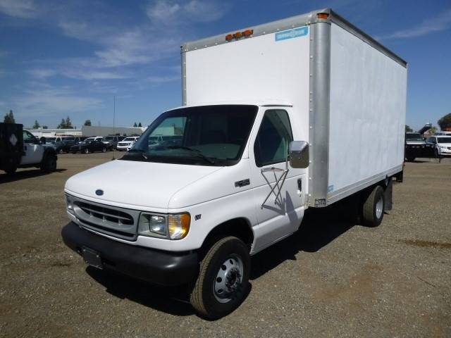 1999 Ford E-450 for sale at Armstrong Truck Center in Oakdale CA
