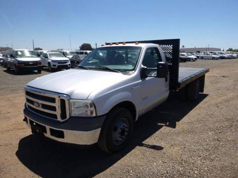 2005 Ford F-350 Super Duty for sale at Armstrong Truck Center in Oakdale CA