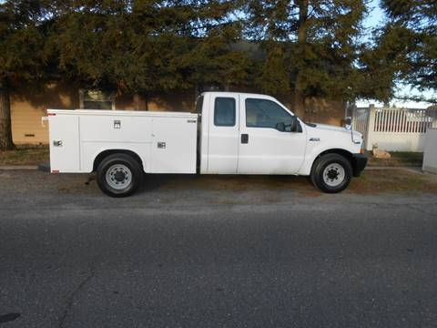 2003 Ford F-250 Super Duty XL for sale at Armstrong Truck Center in Oakdale CA