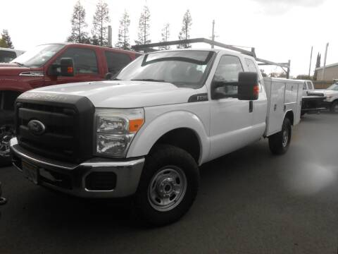 2011 Ford F-350 Super Duty XLT for sale at Armstrong Truck Center in Oakdale CA