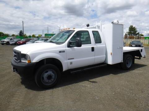2003 Ford F-550 Super Duty for sale at Armstrong Truck Center in Oakdale CA