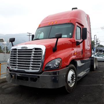 2014 Freightliner Cascadia for sale in La Crescenta, CA