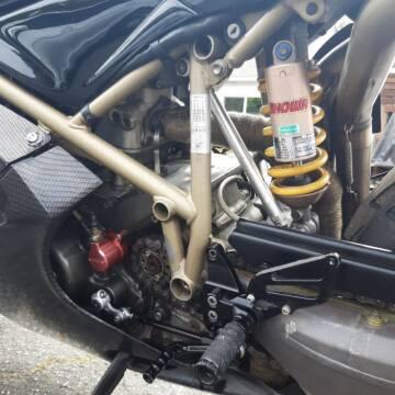 1998 Ducati 748