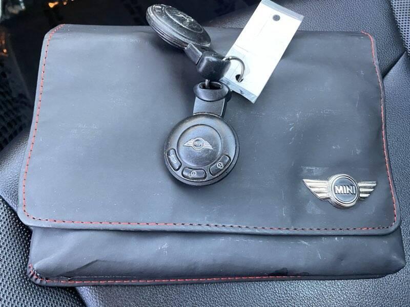 2012 MINI Cooper Hardtop 2dr Hatchback - La Crescenta CA