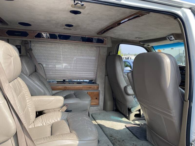 1999 Chevrolet Express G1500 2dr Commercial/Cutaway/Chassis - La Crescenta CA