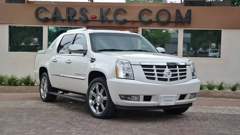 2009 Cadillac Escalade EXT for sale at Cars-KC LLC in Overland Park KS