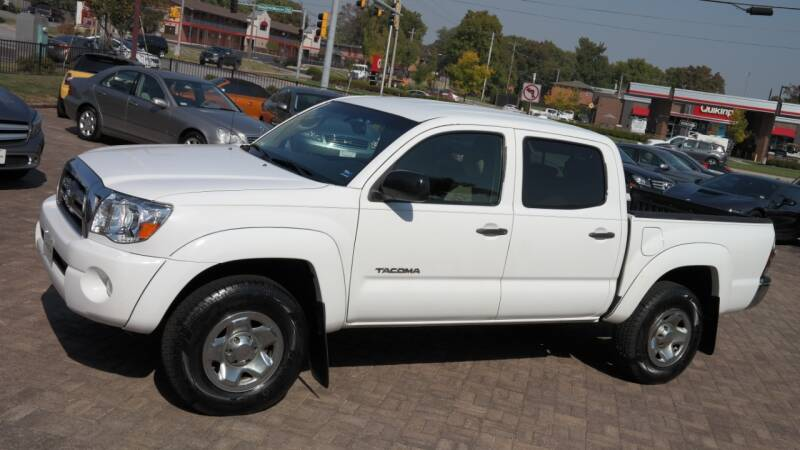 2009 Toyota Tacoma for sale at Cars-KC LLC in Overland Park KS