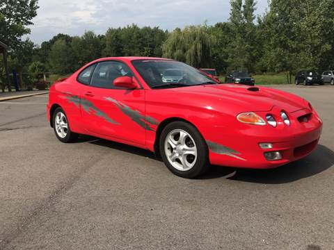 2001 Hyundai Tiburon for sale at Sam Adams Motors in Cedar Springs MI