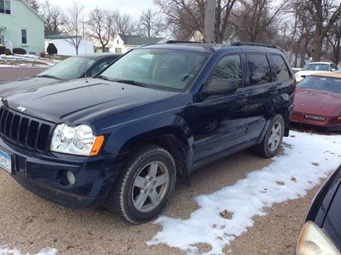 2005 Jeep Grand Cherokee for sale at Kimpton Auto Sales in Wells MN
