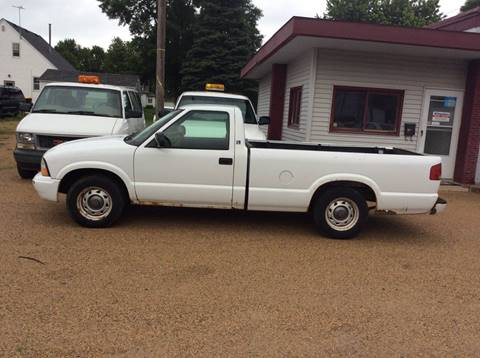 2003 GMC Sonoma for sale in Wells, MN