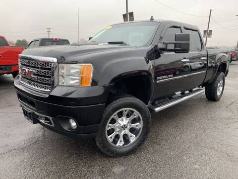 2011 GMC Sierra 2500HD for sale in Chenoa, IL