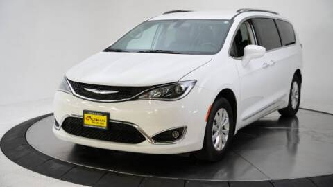 2019 Chrysler Pacifica for sale at AUTOMAXX MAIN in Orem UT