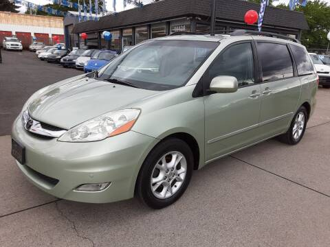 2006 Toyota Sienna XLE Limited 7 Passenger for sale at EMT MOTORS LLC in Portland OR