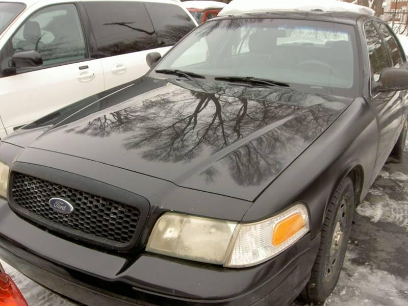 Ford Crown Victoria Police Interceptor In Detroit MI - 2003 crown victoria