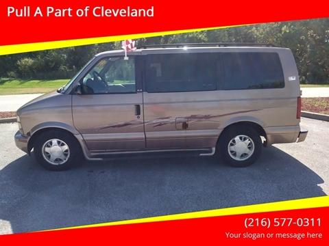 2001 GMC Safari for sale in Cleveland, OH