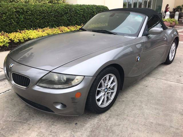2005 bmw z4 in tampa fl prestige automotive clearance center. Black Bedroom Furniture Sets. Home Design Ideas