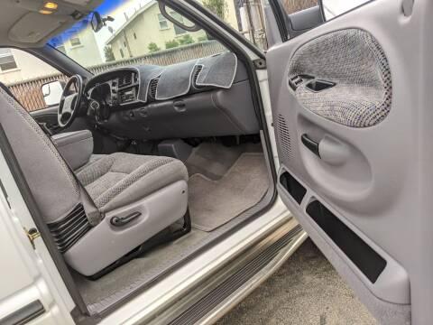 2000 Dodge Ram Pickup 3500