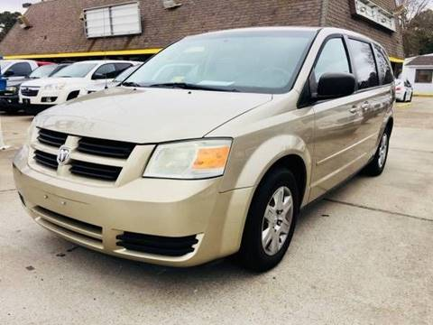 2009 Dodge Grand Caravan for sale at Auto Space LLC in Norfolk VA