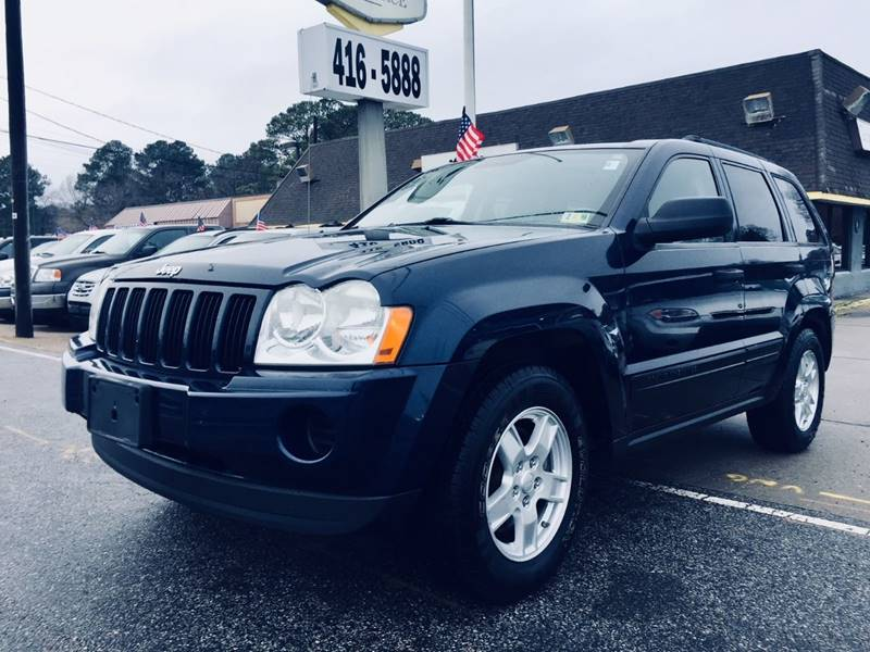 2005 Jeep Grand Cherokee for sale at Auto Space LLC in Norfolk VA