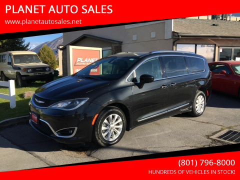 2019 Chrysler Pacifica for sale at PLANET AUTO SALES in Lindon UT