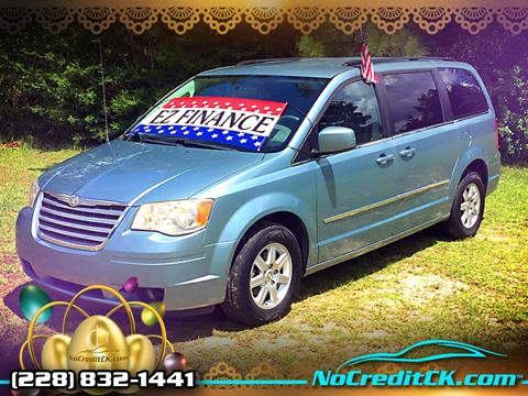 2010 Chrysler Town and Country for sale in Saucier, MS