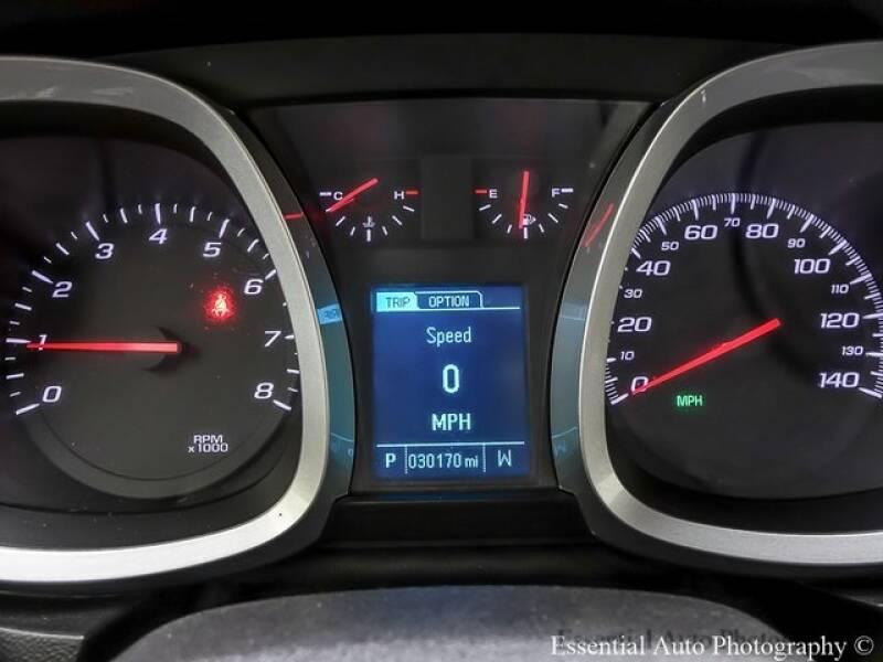 2017 Chevrolet Equinox (image 13)