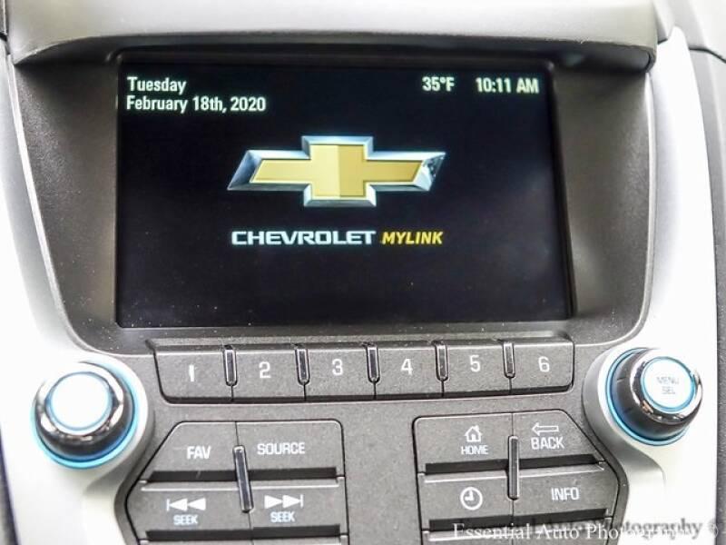 2017 Chevrolet Equinox (image 14)