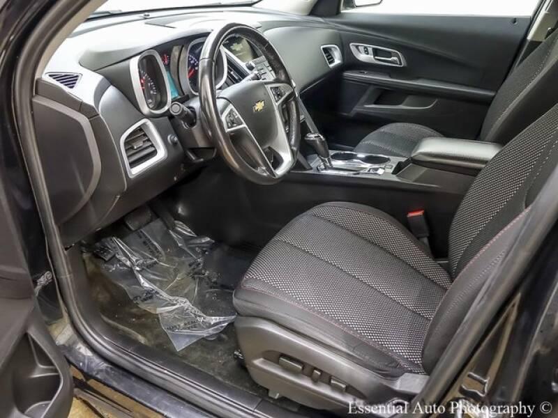 2017 Chevrolet Equinox (image 11)