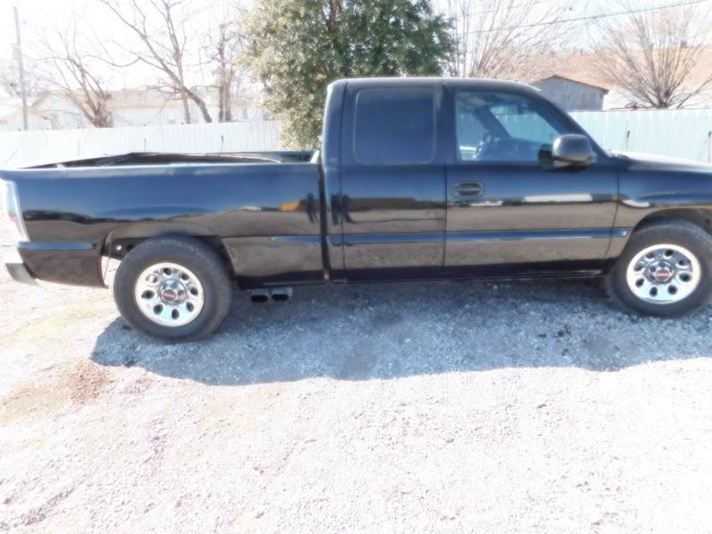 2007 GMC Sierra 1500 for sale at El Jasho Motors in Grand Prairie TX