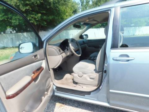 2004 Toyota Sienna for sale at El Jasho Motors in Grand Prairie TX