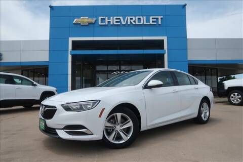 2020 Buick Regal Sportback for sale at Lipscomb Auto Center in Bowie TX