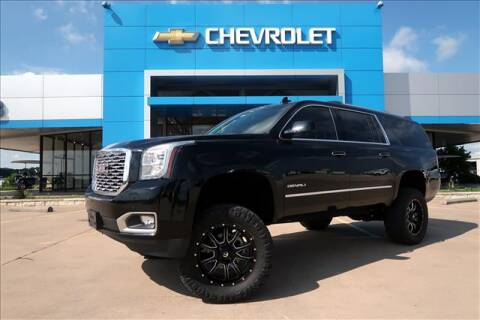 2018 GMC Yukon XL Denali for sale at Lipscomb Auto Center in Bowie TX