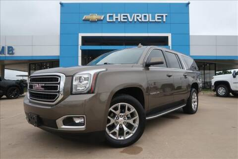 2016 GMC Yukon XL for sale at Lipscomb Auto Center in Bowie TX