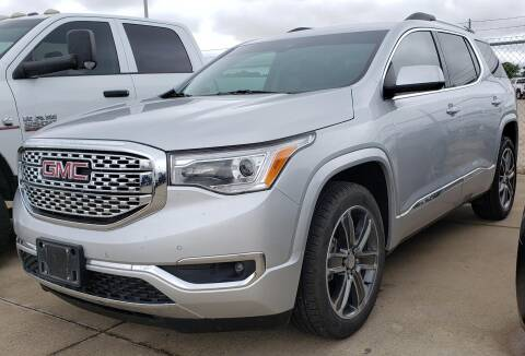 2017 GMC Acadia for sale at Lipscomb Auto Center in Bowie TX