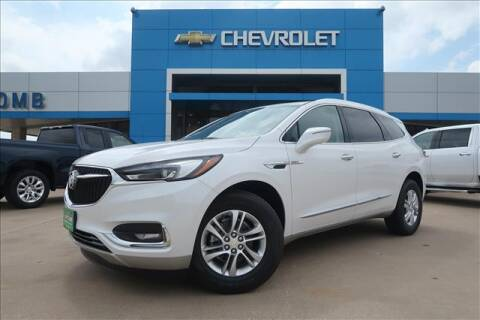 2020 Buick Enclave for sale at Lipscomb Auto Center in Bowie TX