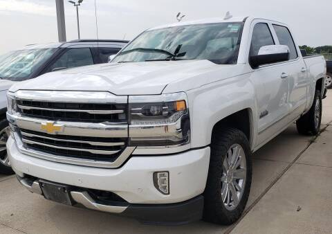 2017 Chevrolet Silverado 1500 for sale at Lipscomb Auto Center in Bowie TX