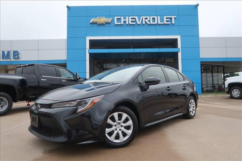 2020 Toyota Corolla for sale at Lipscomb Auto Center in Bowie TX