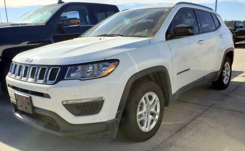 2018 Jeep Compass for sale at Lipscomb Auto Center in Bowie TX