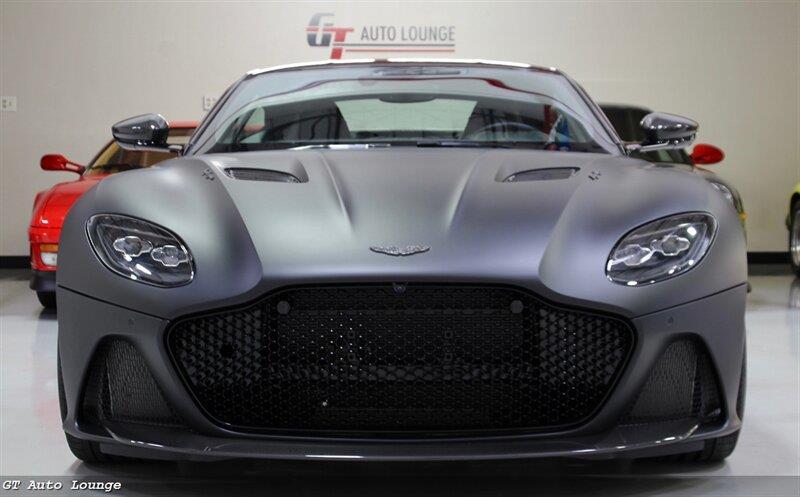 2019 Aston Martin DBS 2