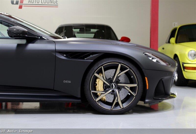 2019 Aston Martin DBS 14