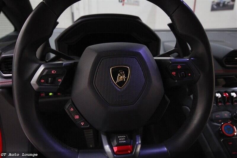 2016 Lamborghini Huracan 35